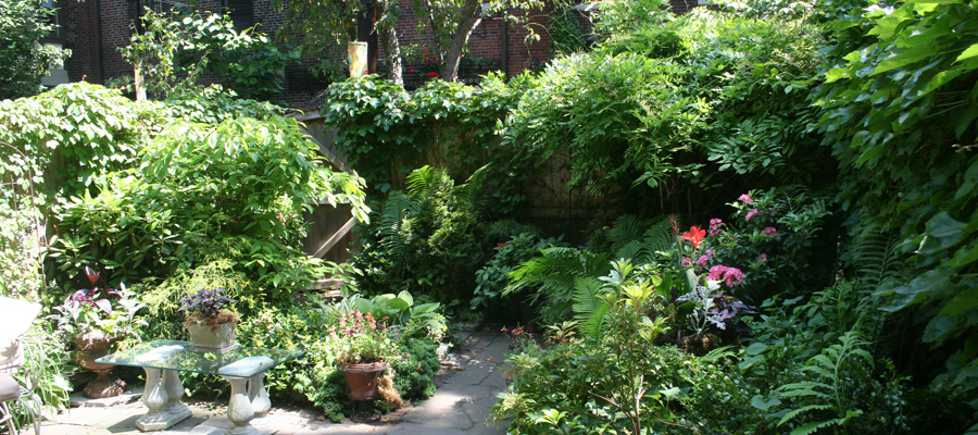 Peek into Private Gardens