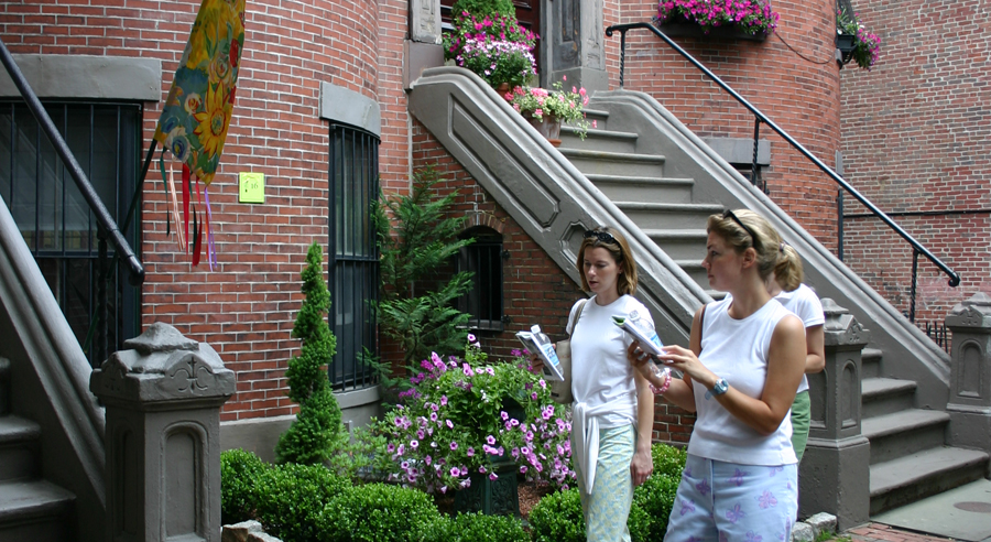Join Us for the 2019 South End Garden Tour